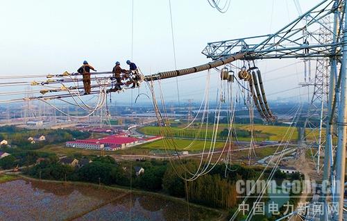 河南送变电工程公承担的1000千伏特高压